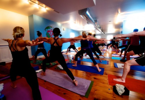 Amazing-Yoga-Class-Shots-11-500x346